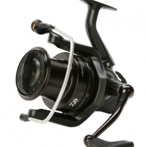 Big Pit Макара DAIWA Crosscast Black